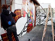 Tetera y Kiwi / Galería Arte Granada